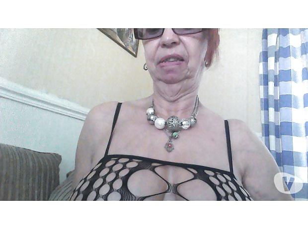 sexe gros seins q scène de sexe